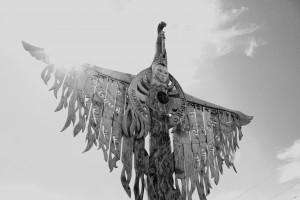 Умай Анага багышланган скульптура, Алтай буе